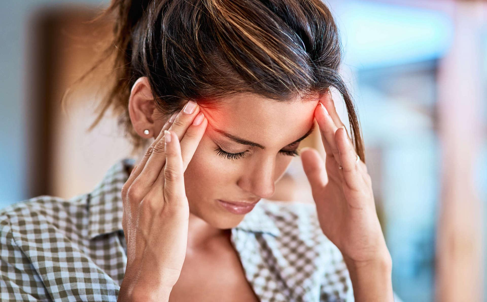 car accident attorney Miami - woman headache